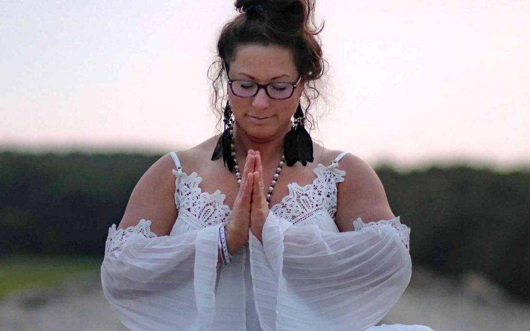 Meet Lisa Garside - Lisa sitting in white