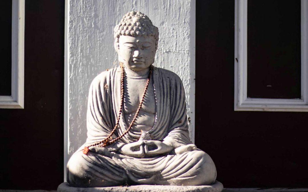 Buddha-statue-to-greet-you-at-Ohana-Yoga-Studio
